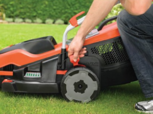 BLACK DECKER Edge Max Lawn Mower with 38 cm Cut image 2